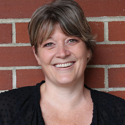 Caroline Rossitter